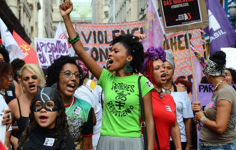 Eleições 2020: apesar de maioria, mulheres continuam apenas sendo cotas nos partidos