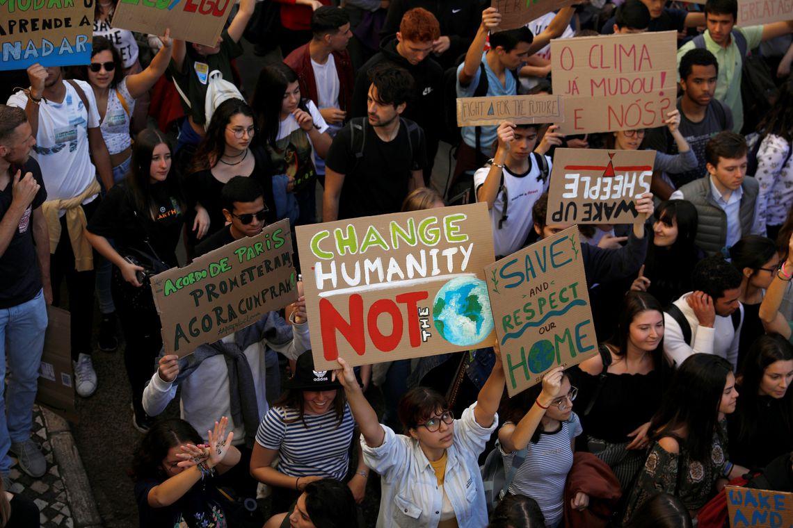 Jovens de todo planeta se unem por medidas contra mudanças climáticas