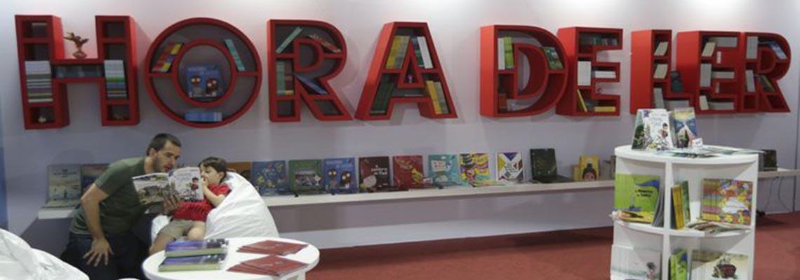 No Dia do Livro Infantil, escritora dá dicas para incentivar a leitura