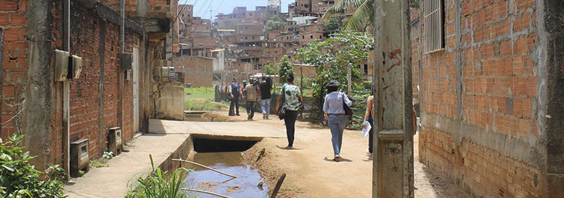 Extrema pobreza atinge 13,5 milhões de pessoas e chega ao maior nível em 7 anos