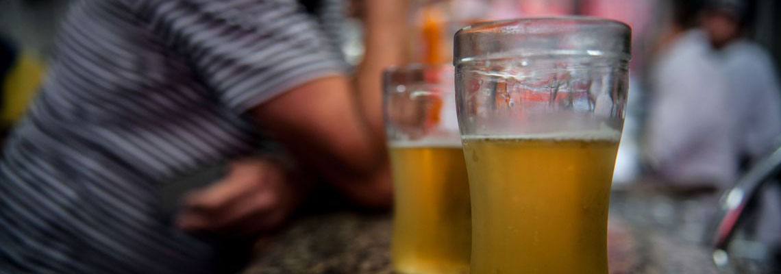 Aumento do consumo de álcool preocupa no período de confinamento