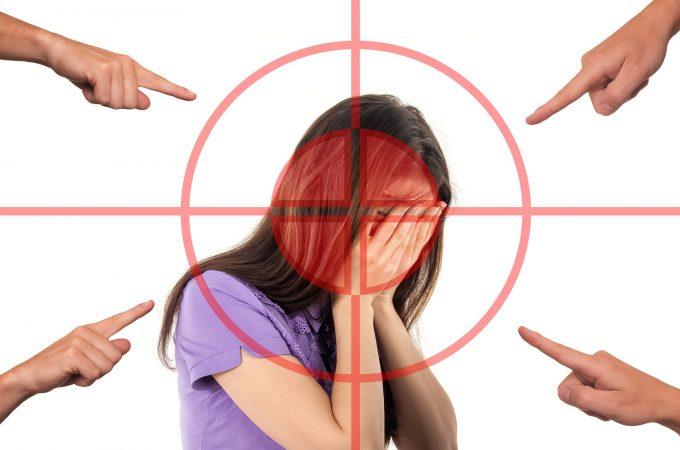 Estudo mostra que 76% das mulheres sofreram violência no trabalho
